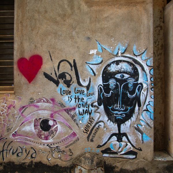 Love is the only way graffiti street art